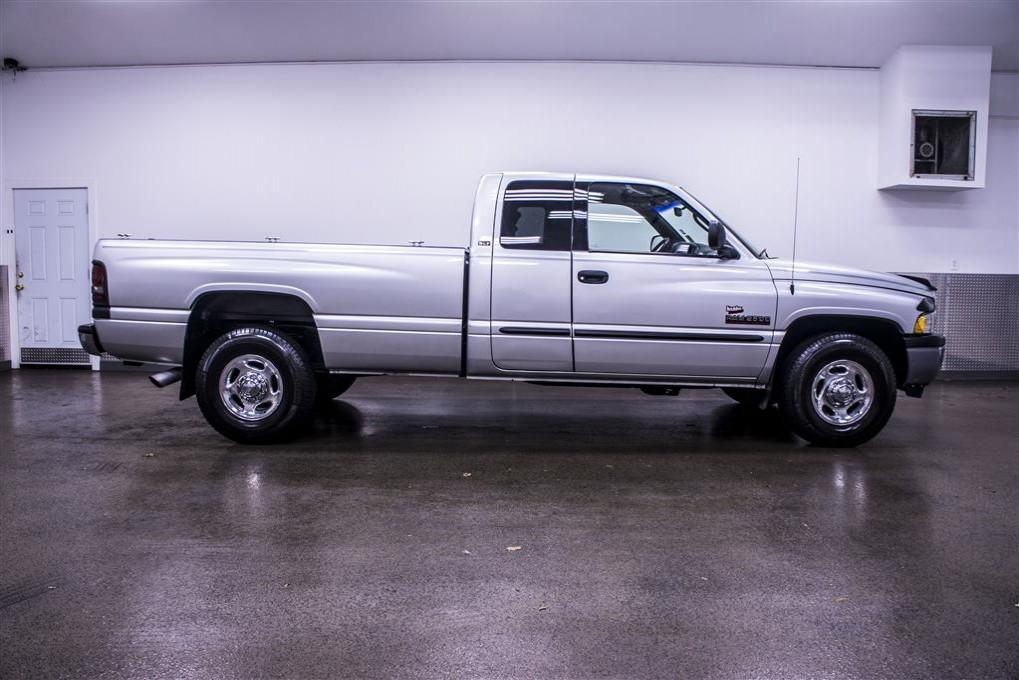 used 2001 dodge ram 2500 slt 2wd diesel truck for sale 17319. Black Bedroom Furniture Sets. Home Design Ideas
