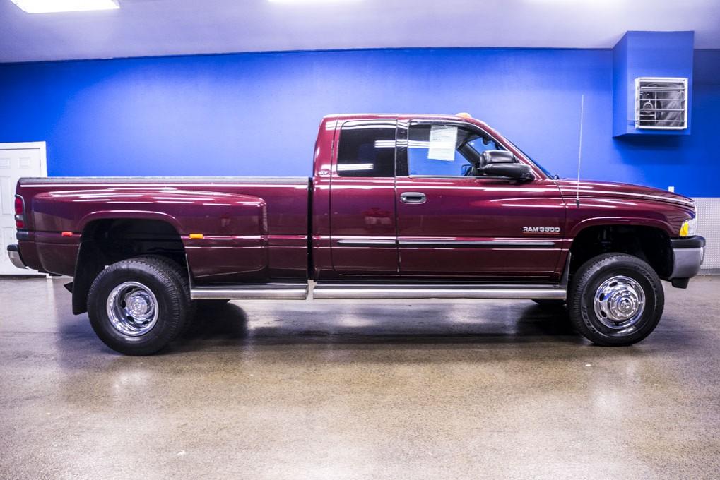 used 2002 dodge ram 3500 slt dually 4x4 diesel truck for sale northwest motorsport. Black Bedroom Furniture Sets. Home Design Ideas