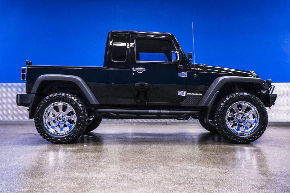 used 2012 jeep wrangler unlimited jk 8 4x4 suv for sale northwest motorsport. Black Bedroom Furniture Sets. Home Design Ideas