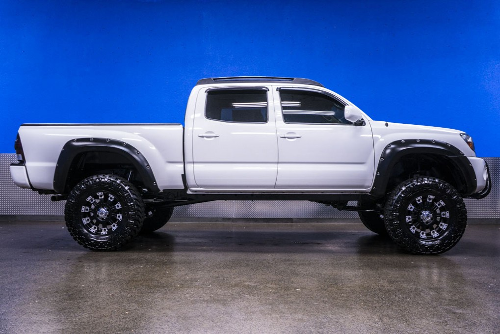 white toyota tacoma for sale autos post. Black Bedroom Furniture Sets. Home Design Ideas