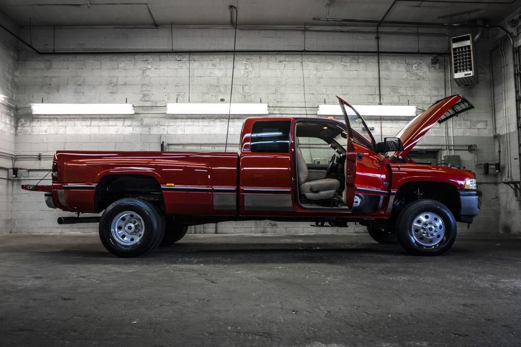 used 1997 dodge ram 3500 slt dually 4x4 diesel truck for sale 24797. Black Bedroom Furniture Sets. Home Design Ideas