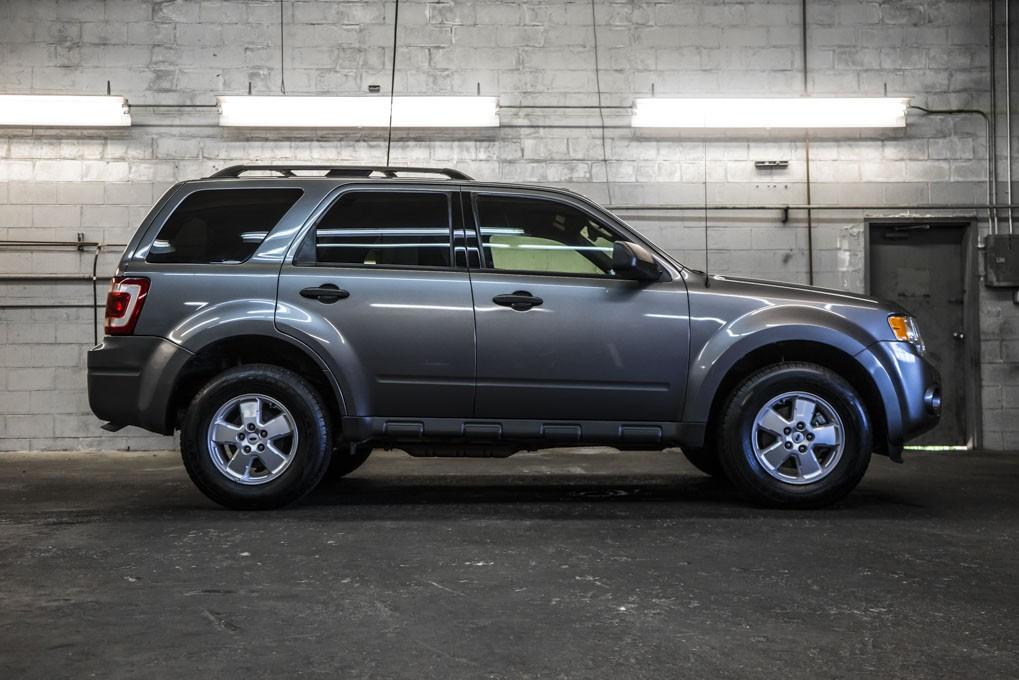 used 2009 ford escape xlt 4x4 suv for sale northwest motorsport. Black Bedroom Furniture Sets. Home Design Ideas