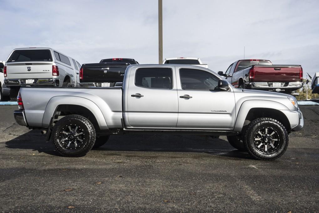 used 2014 toyota tacoma sr5 4x4 truck for sale northwest motorsport. Black Bedroom Furniture Sets. Home Design Ideas