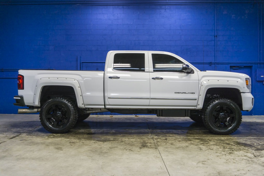 used 2015 gmc sierra 2500 denali 4x4 diesel truck for sale northwest motorsport. Black Bedroom Furniture Sets. Home Design Ideas
