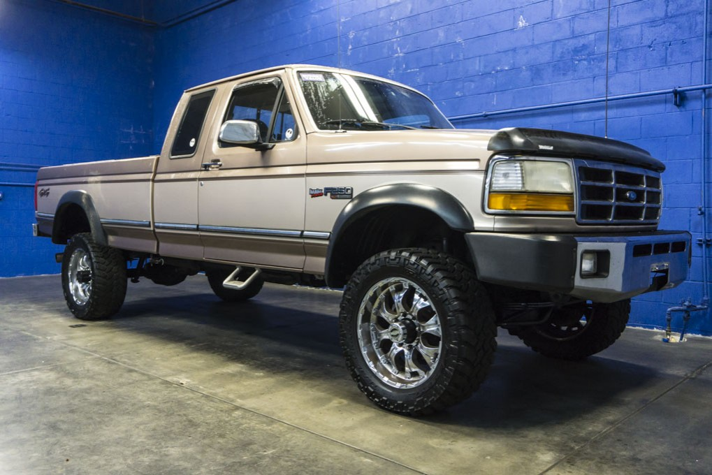 used 1992 ford f 250 xlt 4x4 truck for sale 26998b. Black Bedroom Furniture Sets. Home Design Ideas