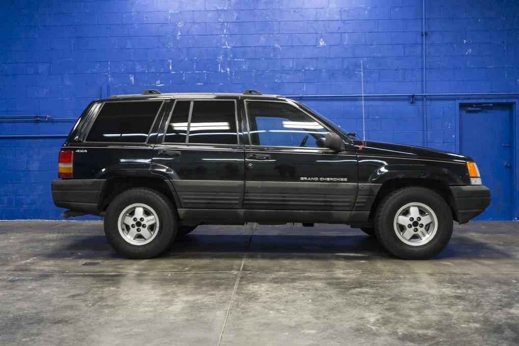 used 1997 jeep grand cherokee laredo 4x4 suv for sale 27774a. Black Bedroom Furniture Sets. Home Design Ideas
