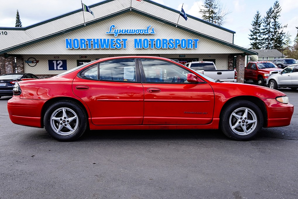 used 2000 pontiac grand prix gt fwd sedan for sale northwest motorsport. Black Bedroom Furniture Sets. Home Design Ideas