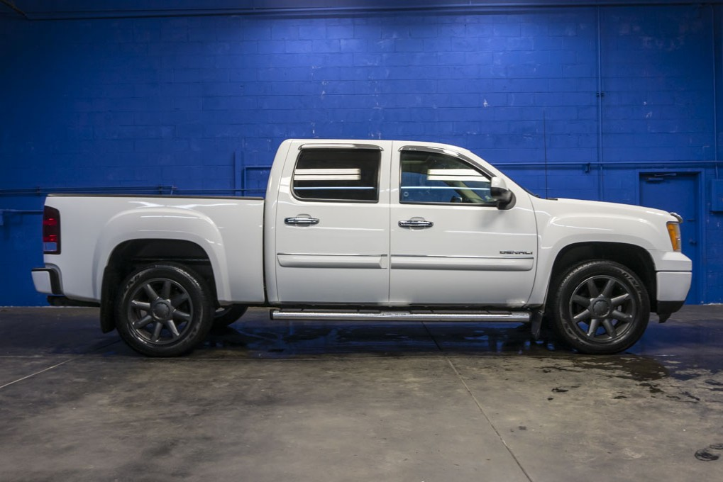 used 2010 gmc sierra 1500 denali 4x4 truck for sale northwest motorsport. Black Bedroom Furniture Sets. Home Design Ideas