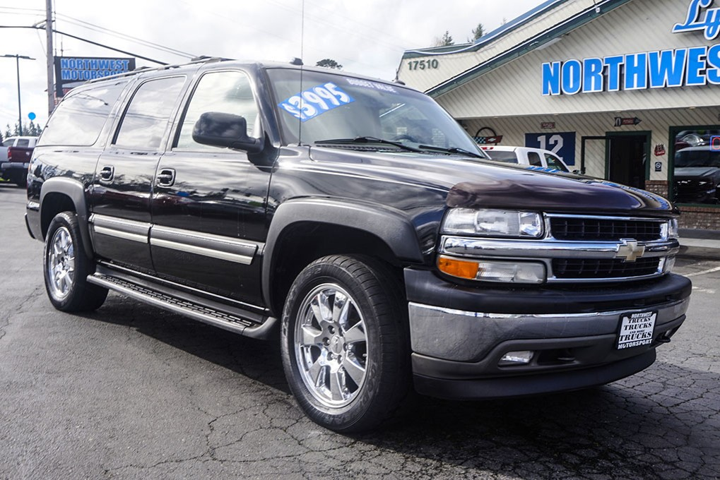 used 2005 chevrolet suburban 1500 lt 4x4 suv for sale 28298b. Black Bedroom Furniture Sets. Home Design Ideas
