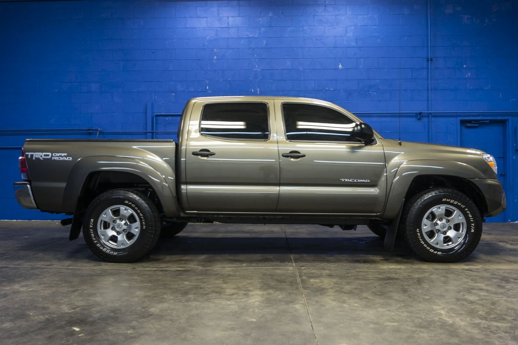 used 2015 toyota tacoma trd off road 4x4 truck for sale northwest motorsport. Black Bedroom Furniture Sets. Home Design Ideas
