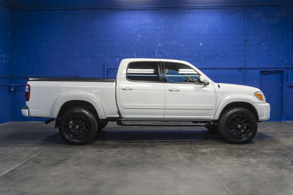 used 2006 toyota tundra limited 4x4 truck for sale northwest motorsport. Black Bedroom Furniture Sets. Home Design Ideas