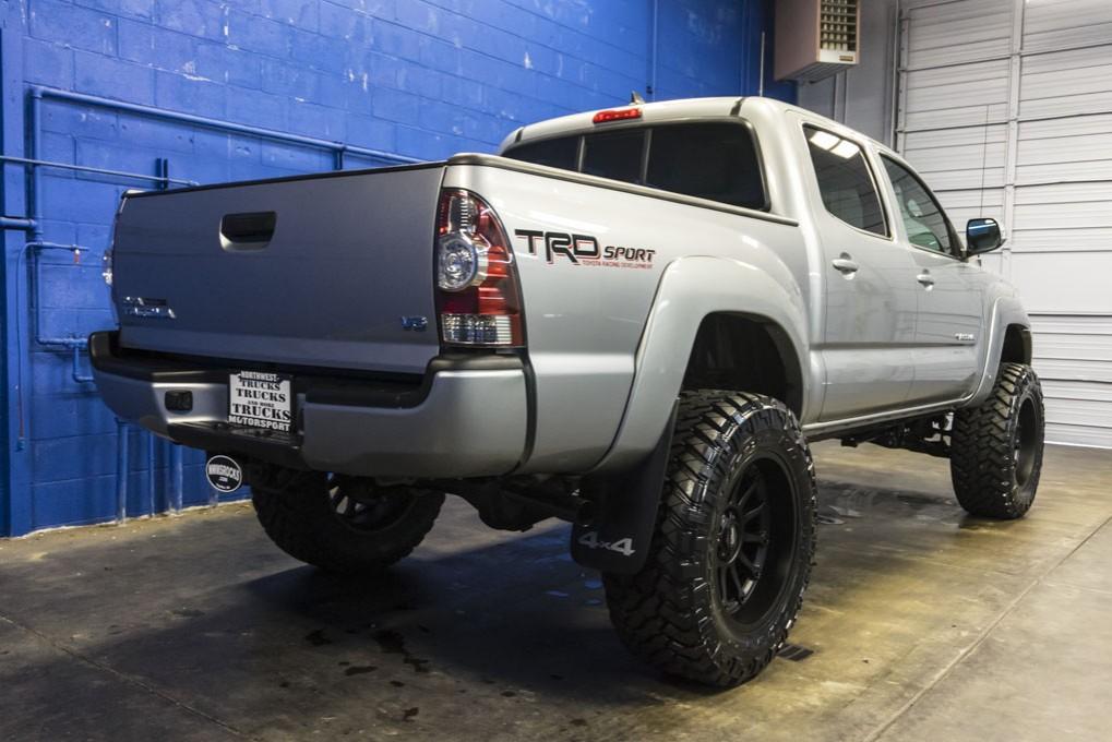 used 2014 toyota tacoma trd sport 4x4 truck for sale 28735. Black Bedroom Furniture Sets. Home Design Ideas