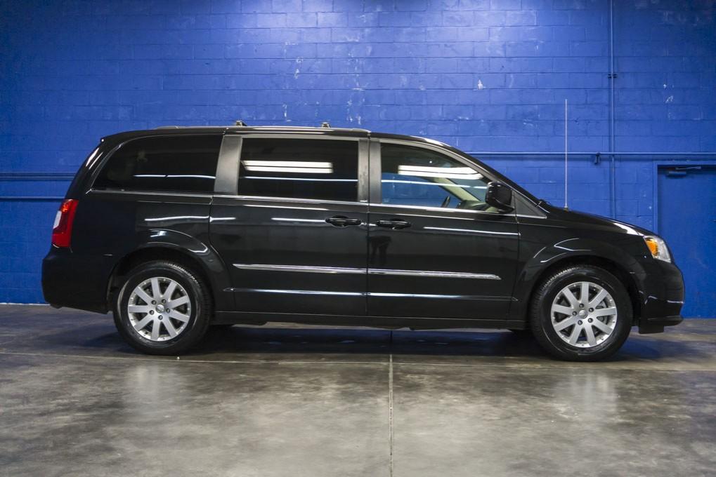 Chrysler  Touring Front Breaks