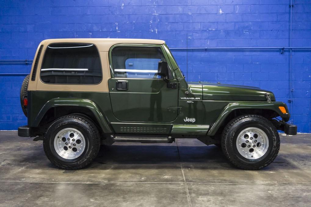 Used 1997 Jeep Wrangler Sahara 4x4 SUV For Sale - 29130