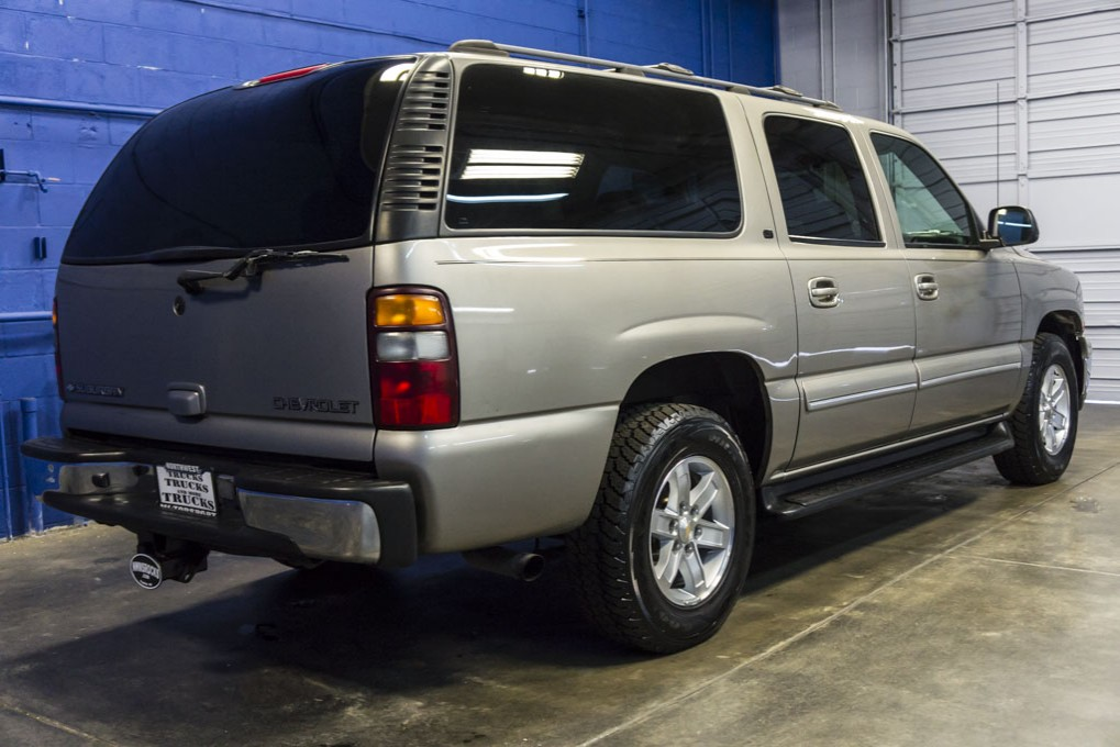 used 2001 chevrolet suburban 1500 lt 4x4 suv for sale 29150a. Black Bedroom Furniture Sets. Home Design Ideas