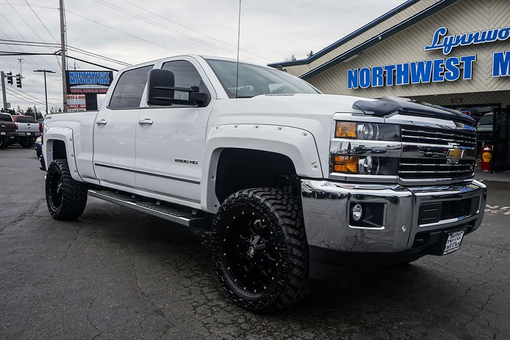used 2015 chevrolet silverado 2500hd ltz 4x4 diesel truck for sale 29656. Black Bedroom Furniture Sets. Home Design Ideas