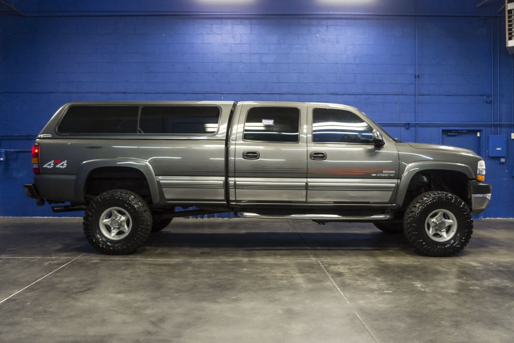 used 2002 chevrolet silverado 2500hd 4x4 diesel truck for sale northwest motorsport. Black Bedroom Furniture Sets. Home Design Ideas