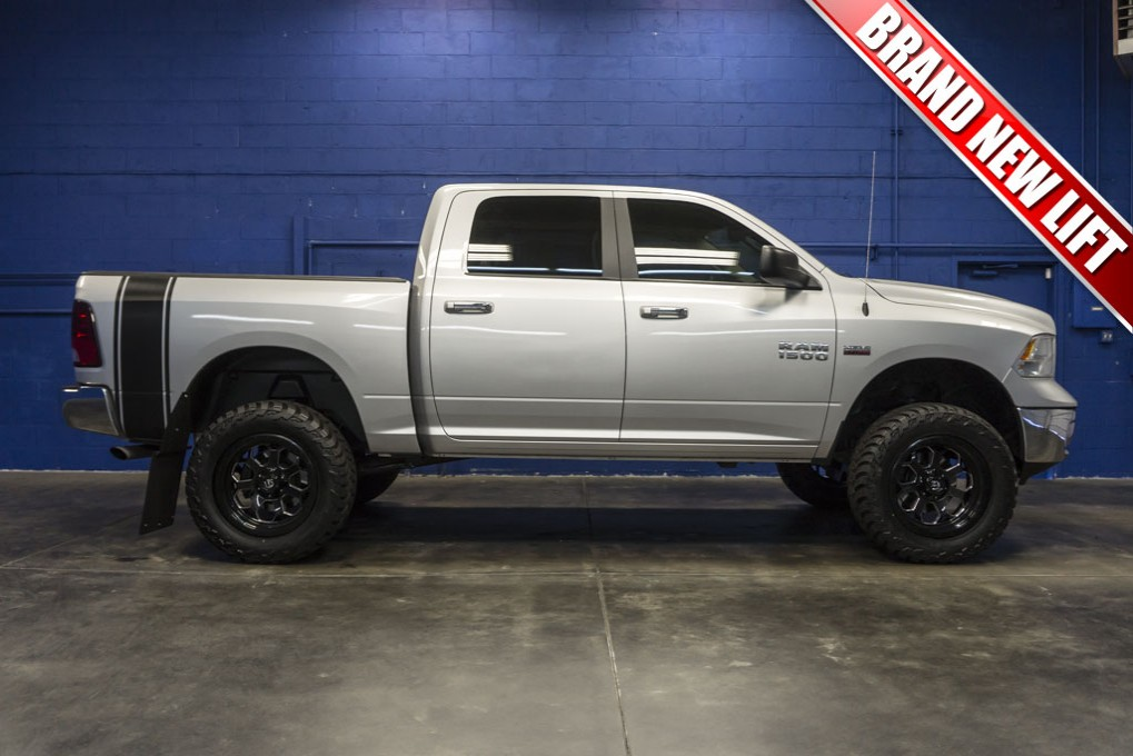 used lifted 2015 dodge ram 1500 slt 4x4 truck for sale 31470. Black Bedroom Furniture Sets. Home Design Ideas