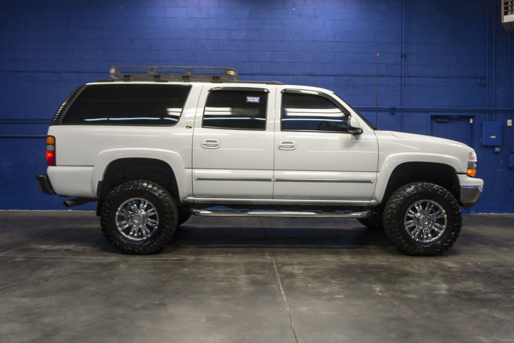 used lifted 2001 chevrolet suburban 2500 lt 4x4 suv for sale northwest motorsport. Black Bedroom Furniture Sets. Home Design Ideas