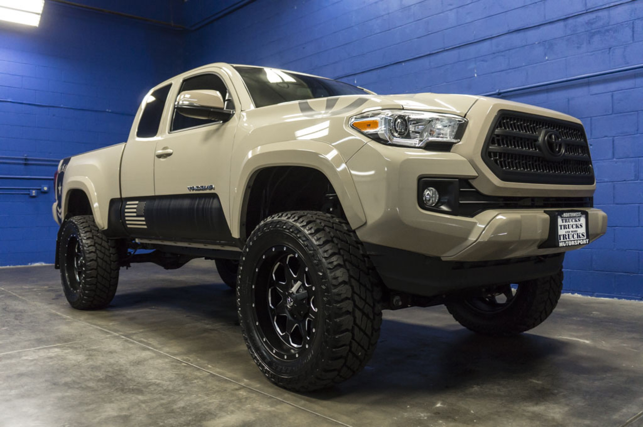 used lifted 2016 toyota tacoma 4x4 truck for sale 31980. Black Bedroom Furniture Sets. Home Design Ideas