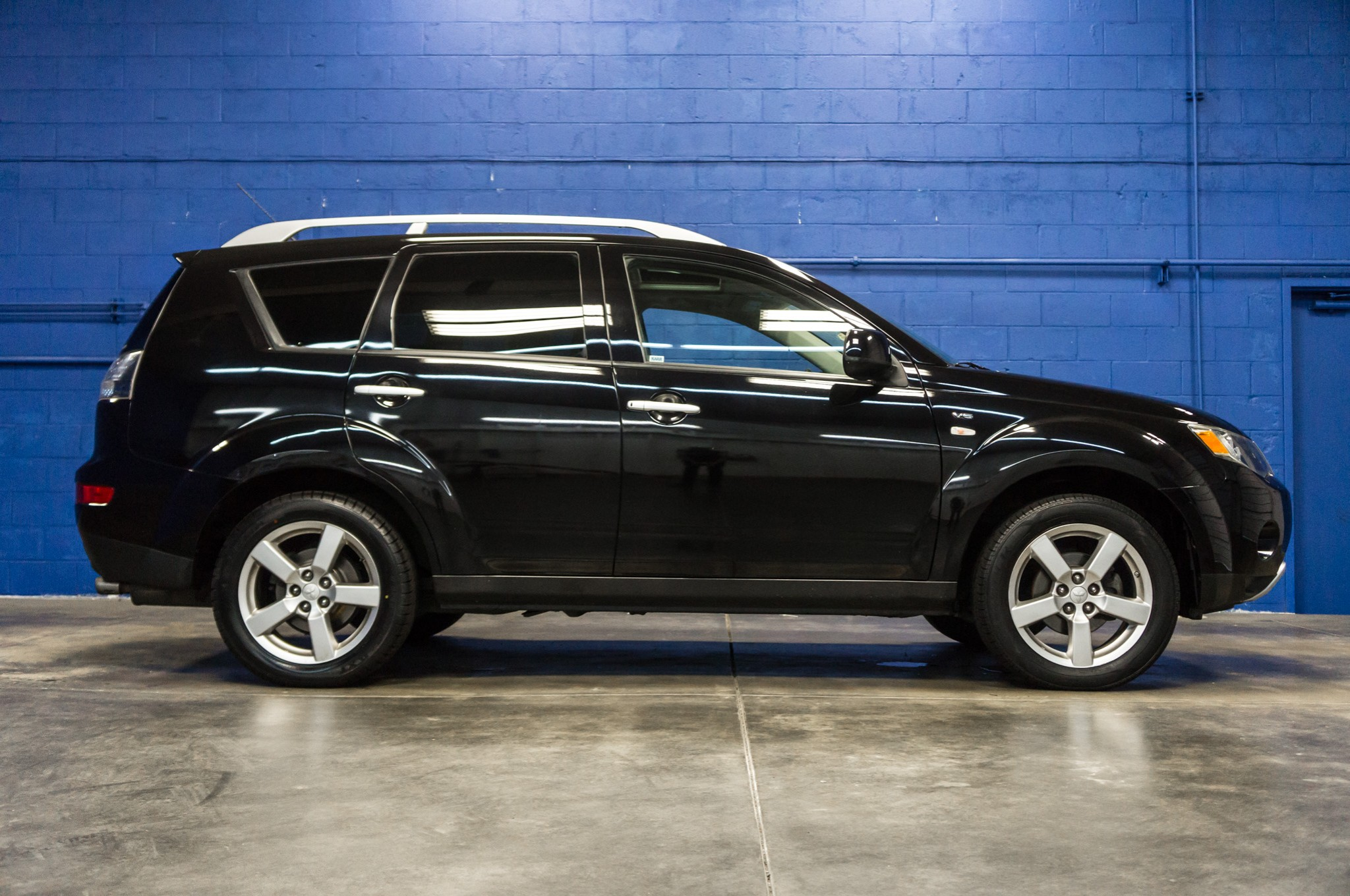 price outlander specifications mitsubishi phev ev car and sale for