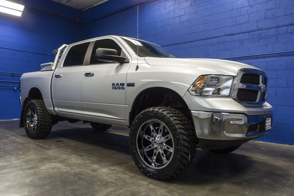 used lifted 2016 dodge ram 1500 slt 4x4 truck for sale 32194. Black Bedroom Furniture Sets. Home Design Ideas
