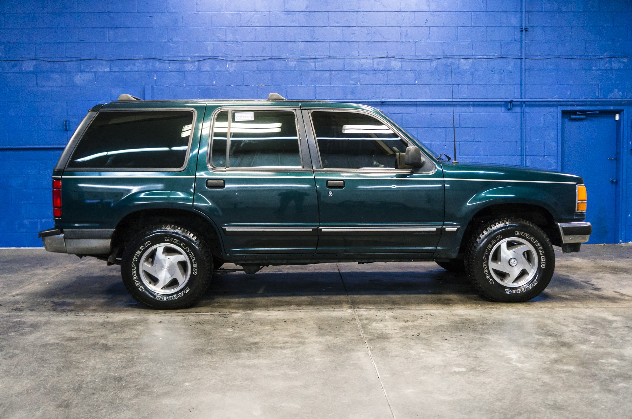 Used 1993 Ford Explorer 4x4 Suv For Sale 32432b