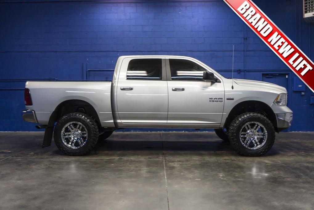used lifted 2016 dodge ram 1500 slt 4x4 truck for sale 32434. Black Bedroom Furniture Sets. Home Design Ideas
