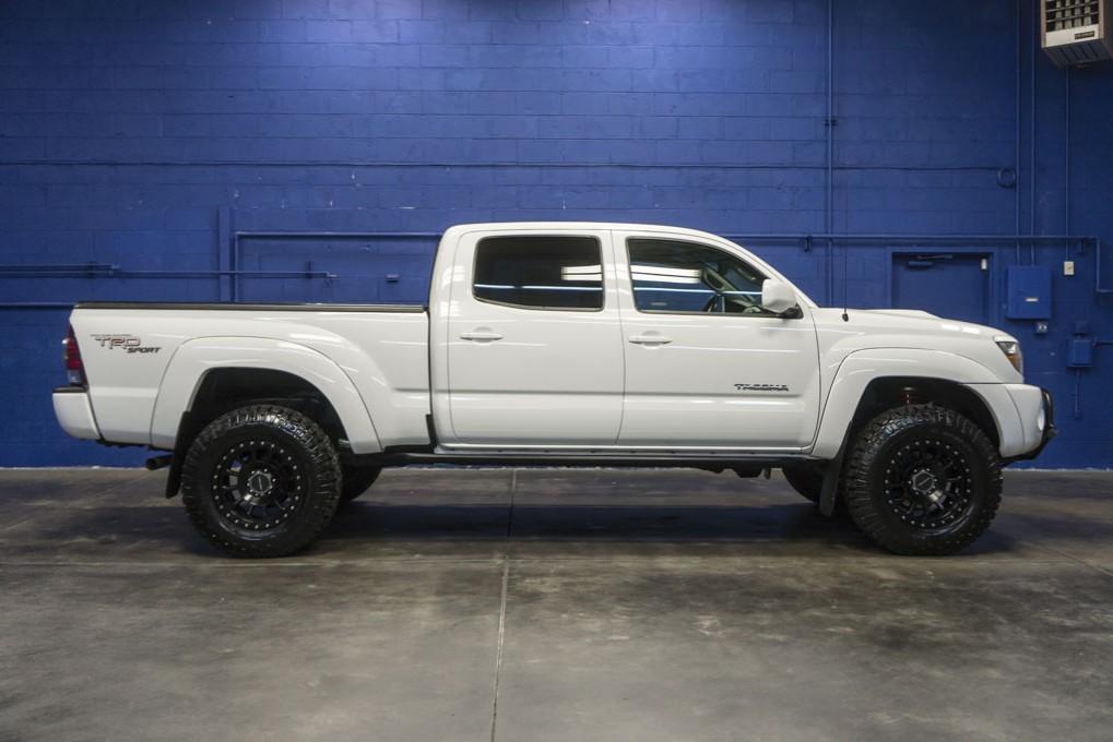 used 2011 toyota tacoma trd sport 4x4 truck for sale northwest motorsport. Black Bedroom Furniture Sets. Home Design Ideas