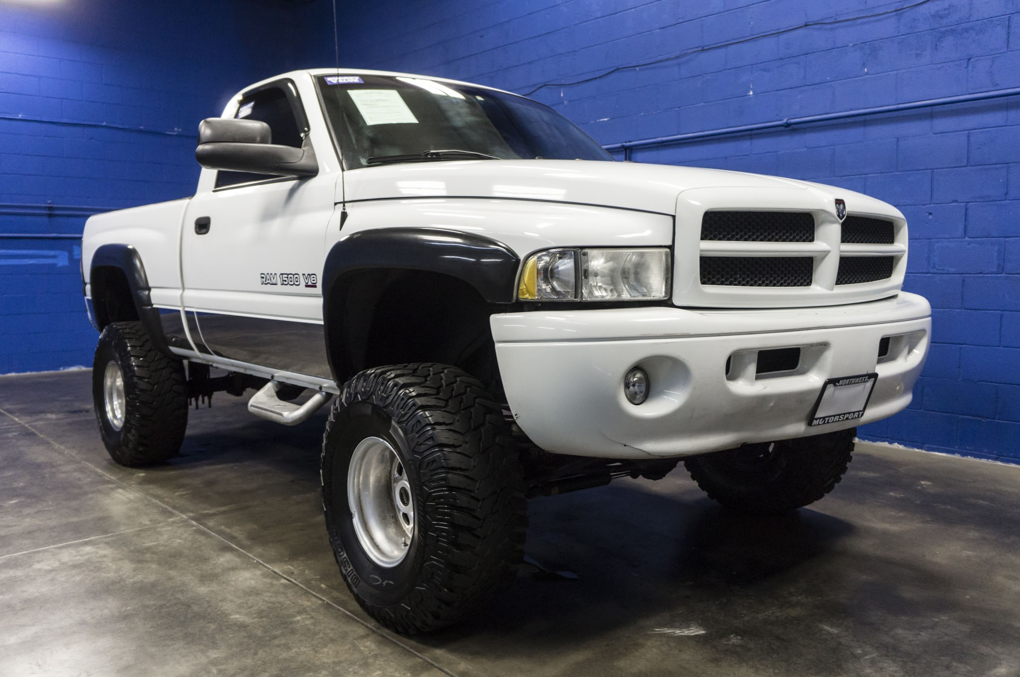 Dsc X on White Lifted Dodge Ram 1500