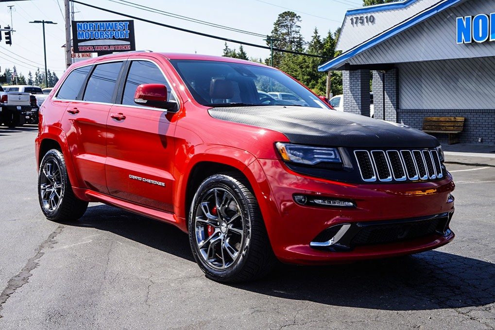 used 2014 jeep grand cherokee srt8 4x4 suv for sale 33299. Black Bedroom Furniture Sets. Home Design Ideas