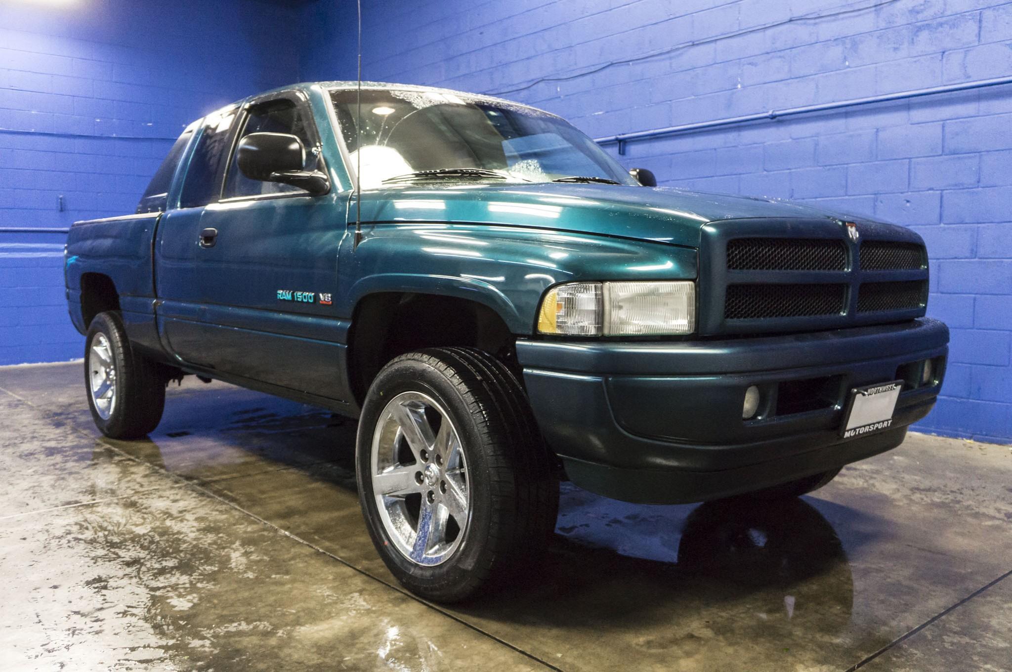used 1998 dodge ram 1500 sport 4x4 truck for sale 33490b. Black Bedroom Furniture Sets. Home Design Ideas
