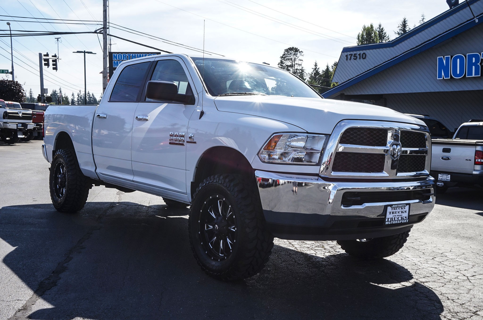 used lifted 2015 dodge ram 2500 slt 4x4 diesel truck for sale 33695. Black Bedroom Furniture Sets. Home Design Ideas