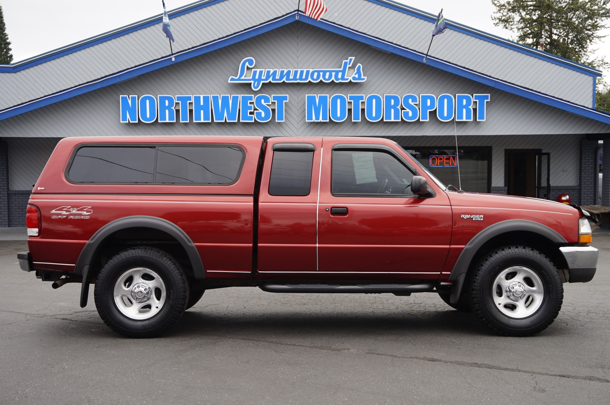 & Used 2000 Ford Ranger XLT 4x4 Truck For Sale - 33709A