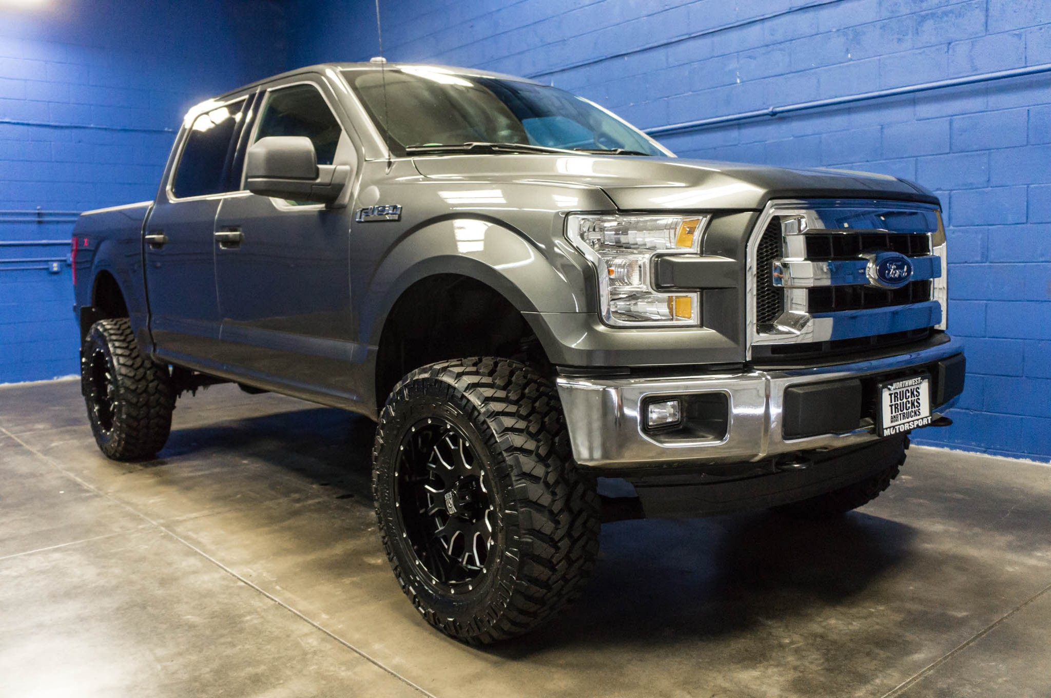 used lifted 2016 ford f 150 xlt 4x4 truck for sale 33812. Black Bedroom Furniture Sets. Home Design Ideas