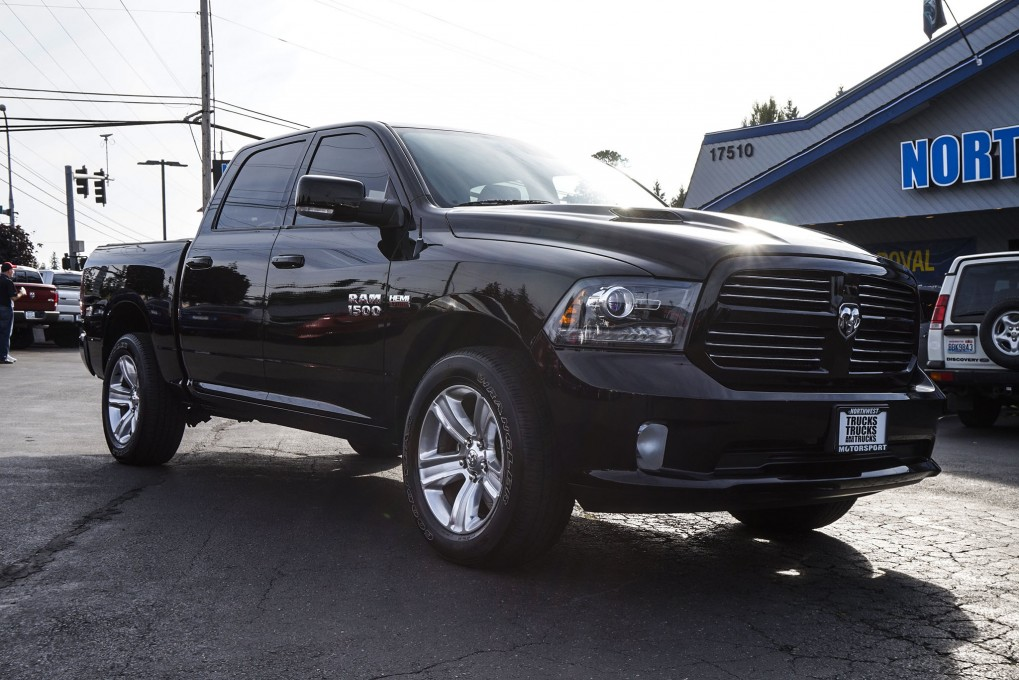 used 2013 dodge ram 1500 sport 4x4 truck for sale 33855a. Black Bedroom Furniture Sets. Home Design Ideas