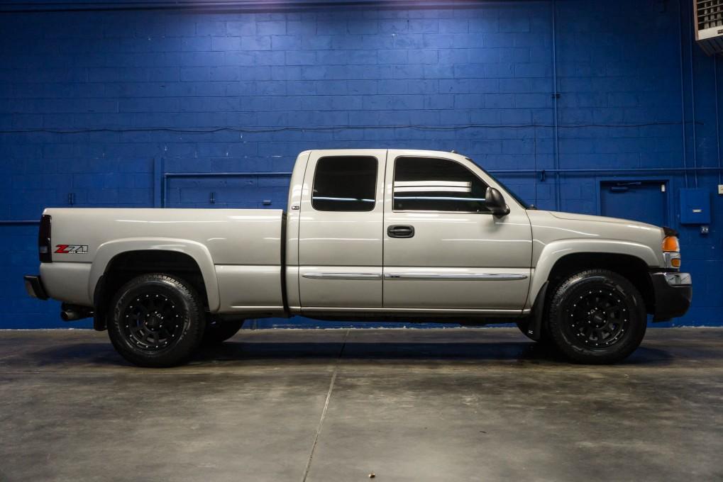 used 2005 gmc sierra 1500 slt 4x4 truck for sale northwest motorsport. Black Bedroom Furniture Sets. Home Design Ideas