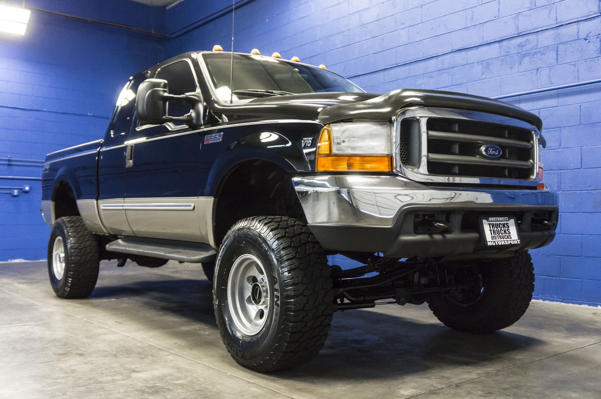 used lifted 2000 ford f 350 lariat 4x4 truck for sale 34175. Black Bedroom Furniture Sets. Home Design Ideas