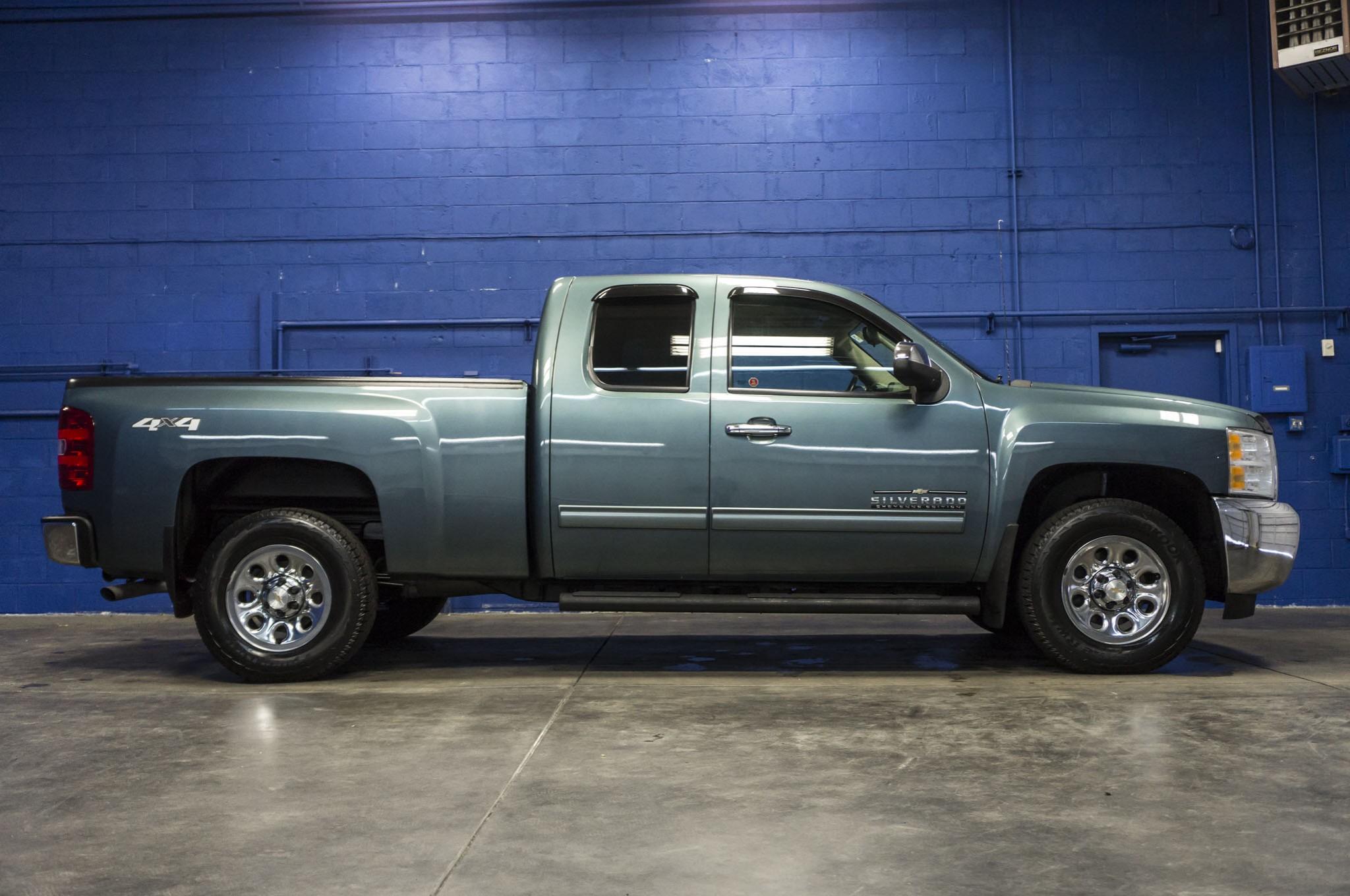 Used 2013 Chevrolet Silverado 1500 Cheyenne Edition 4x4 Truck For