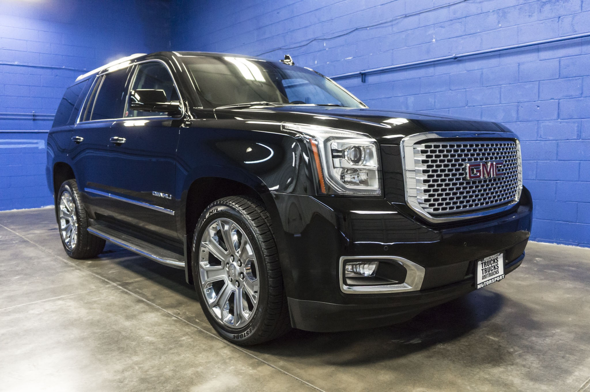 gmc for denali collection the debuts strut rims grille yukon