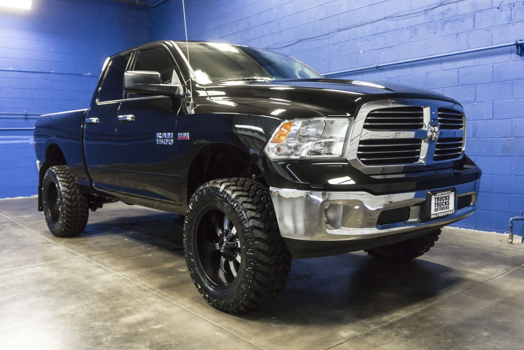 used lifted 2015 dodge ram 1500 big horn 4x4 truck for sale 34253. Black Bedroom Furniture Sets. Home Design Ideas