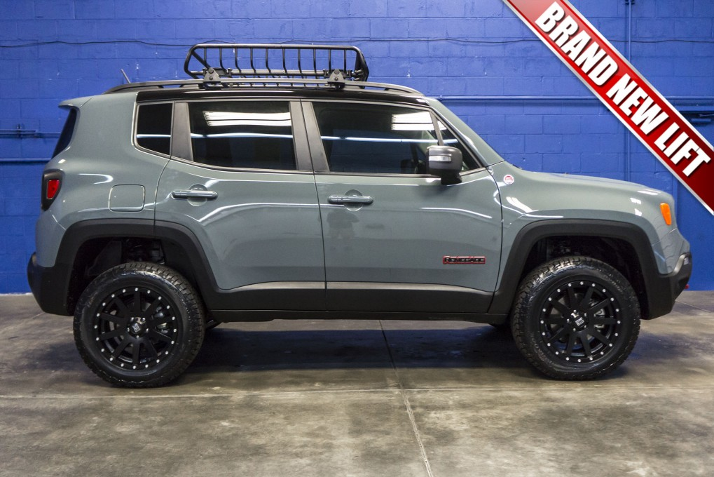 Lifted Jeep Renegade >> Used Lifted 2016 Jeep Renegade Trailhawk 4x4 Suv For Sale
