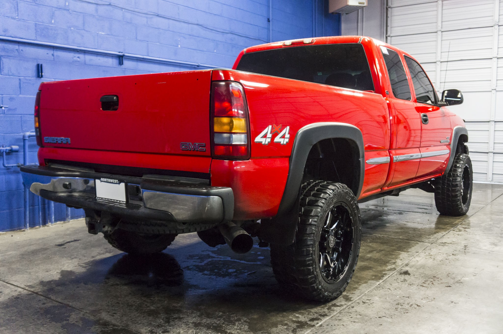 truck item sierra pickup sle crew cab for auction gmc image