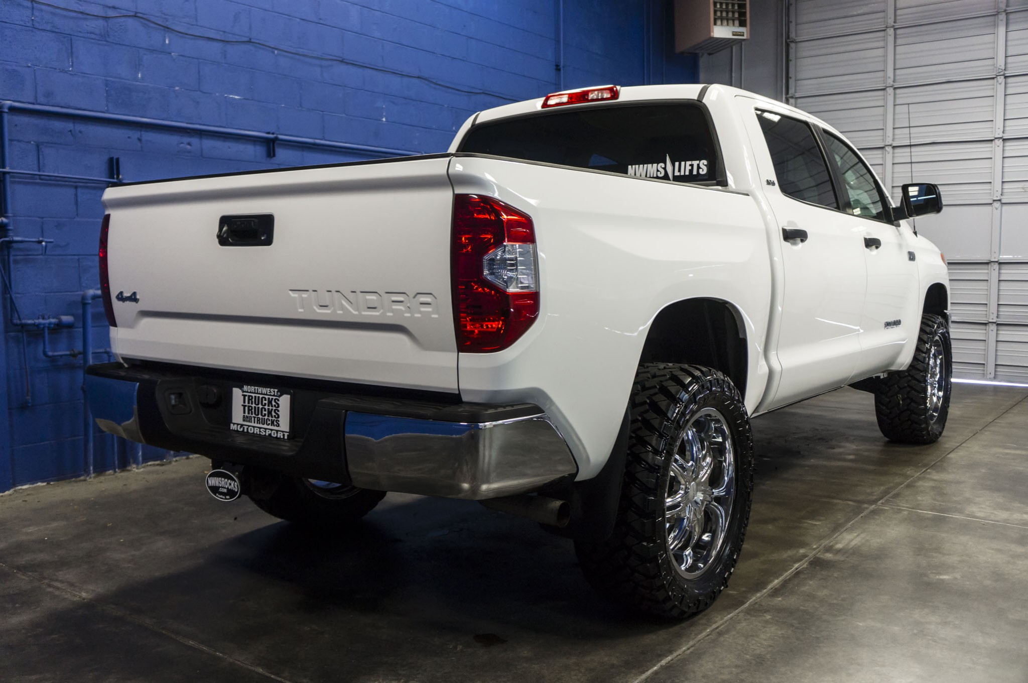 Used Lifted 2015 Toyota Tundra SR5 4x4 Truck For Sale