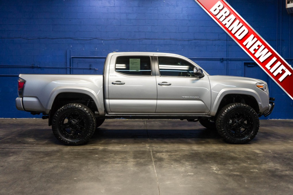 used lifted 2016 toyota tacoma limited 4x4 for sale northwest motorsport. Black Bedroom Furniture Sets. Home Design Ideas