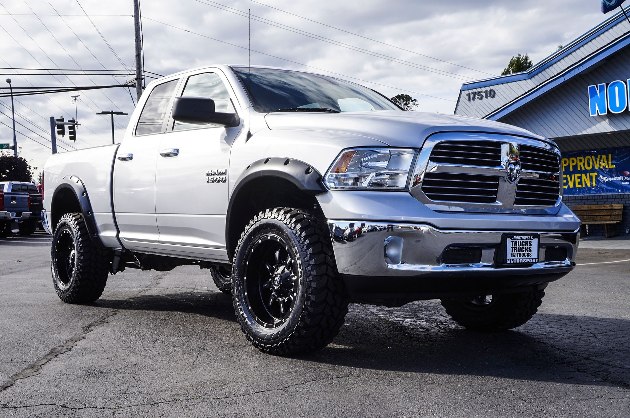 used lifted 2015 dodge ram 1500 big horn 4x4 truck for sale 34853. Black Bedroom Furniture Sets. Home Design Ideas