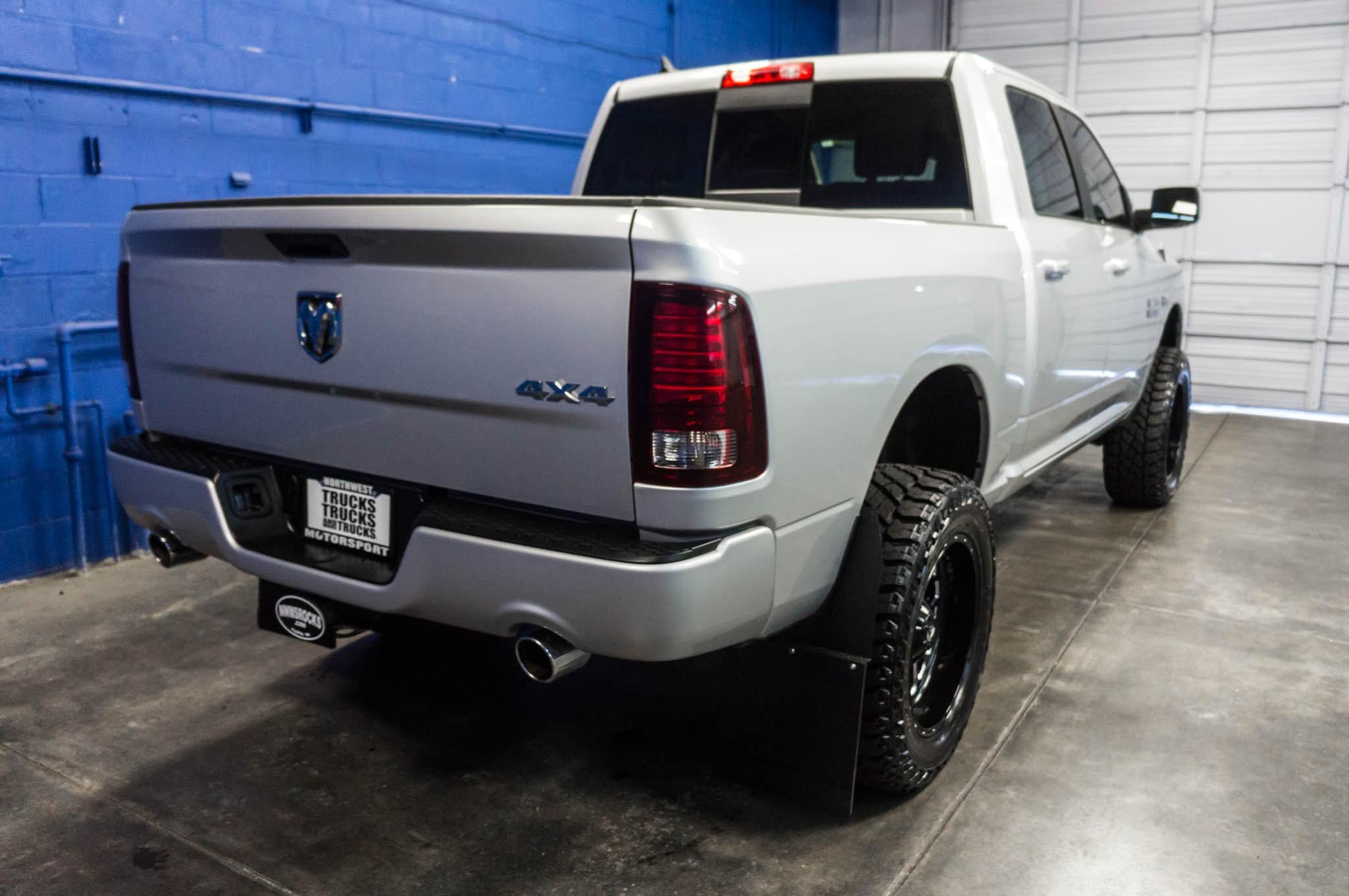 used lifted 2016 dodge ram 1500 sport 4x4 truck for sale 35016. Black Bedroom Furniture Sets. Home Design Ideas
