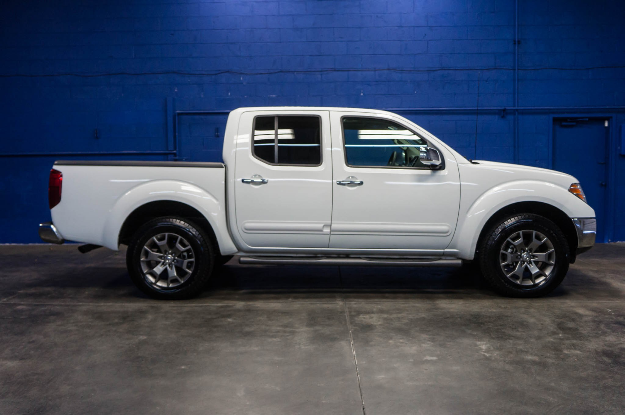 Used 2015 Nissan Frontier SL 4x4 Truck For Sale