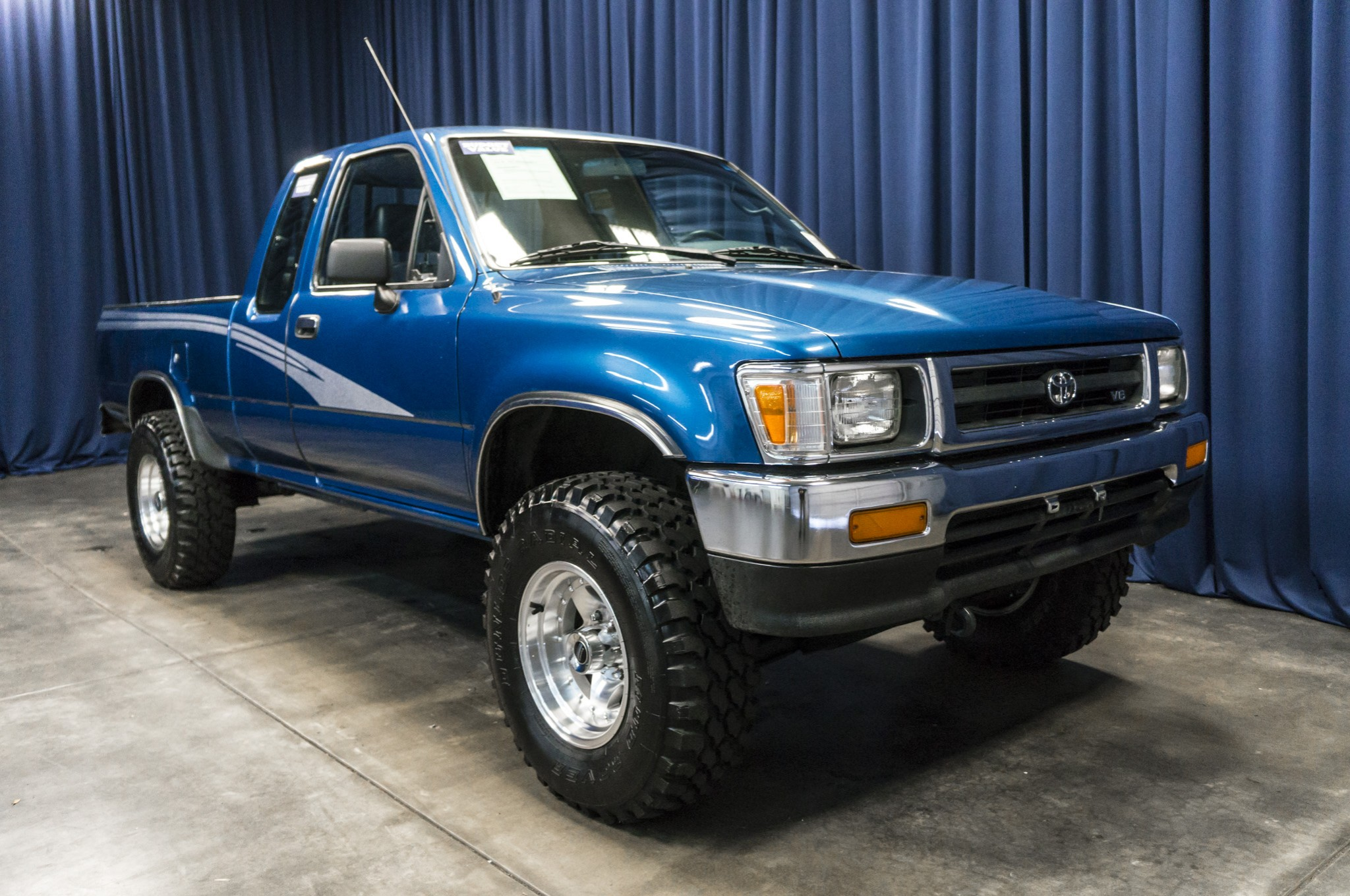 Used 1993 Toyota Truck 4x4 Truck For Sale 35528a