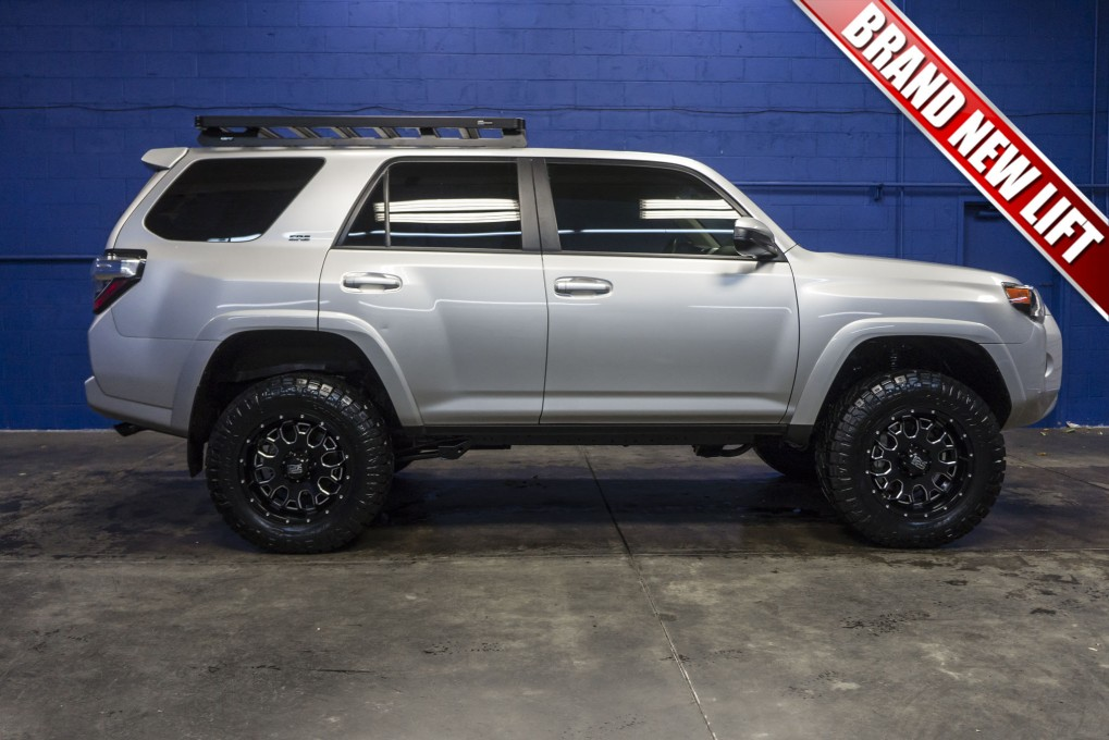 2016 4runner Lifted >> Used Lifted 2016 Toyota 4runner Sr5 4x4 Suv For Sale Northwest